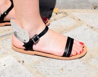 Sandales grecques antiques, sandales aile, sandales en cuir grec, noir - argent sandales, sandales en cuir femmes, sandales plates, sandales ALYSSA