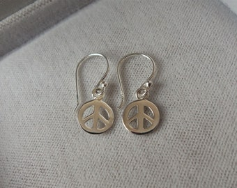 Sterling Silver Peace Sign Symbol Earrings.