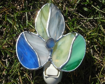 Easter Egg Stained Glass Nightlight or Suncatcher