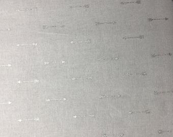 silver arrow fabric, gray arrow fabric, grey arrows cotton, arrows cotton fabric, silver fabric