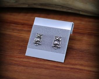 Sterling silver Owl earrings, post earrings, nature jewelry, bird earrings