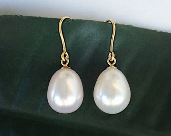 Freshwater Pearl 12mm Dangle Earrings on 9K Gold