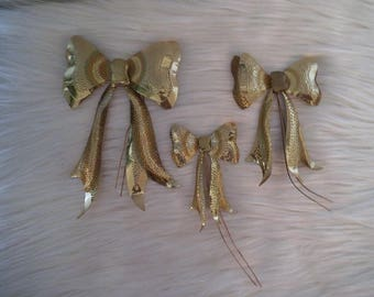 3 Vintage Hammered Brass Bows ~ Wall Decor ~ Metal Bows ~ Cottage Chic