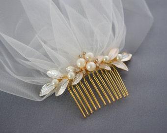 Bridal Veil, Wedding Headpiece, Birdcage Veil, Bridal Hair Piece, Double birdcage veil, Short Tulle Veil, Gold Hair Comb, Bridal Fascinator