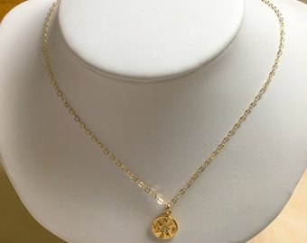 Tiny Golden Compass Charm necklace, Graduation Gift for Her, Compass charm, Gift for Mom, Simple Jewelry, Everyday Necklace. Layering piece