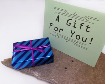 UPGRADE: Gift Wrap and Note Card - purchase add-on