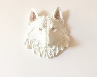 WHITE LiGHT BRONZE, Small Faux Taxidermy Wolf Head Wall Mount, White Woodland Wall Decor, Small Wolf Head, Small Animal Head Wall Hanging
