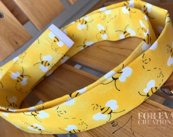 """READY TO SHIP- 1.5"""" wide Martingale Collar    Bumblebees"""
