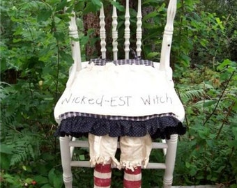 Wicked-EST Witch's Seat, Primitive, Folk Art, WITCH Shoes, Chair Pad, Halloween, PATTERN