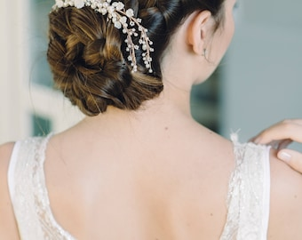 Set of 2 Pearl Hair Clips, Wedding Pearl Hair Clip, Wedding Gold Hairpiece, Delicate Hairpiece, Boho Hair Clip, Hair Vine Comb, Hair Flower