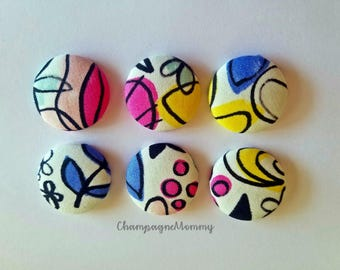Abstract Flower Print Fabric Magnets - Set of 6 - 1 1/8 inch Button Magnets - Fabric Magnets  - Home Office - Kitchen Decor
