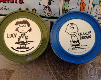 2 peanuts thermos, Charlie Brown, Lucy thermos, insulated jar, thermos, the peanuts, Schuls.
