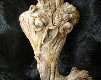 Haunted Tree!  Creepy n Fun Halloween Decoration, OOAK by Lori Gutierrez!