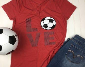 Love Soccer Shirt, Soccer Mom Shirt, Shirt for Soccer Mom, Mothers Day Gift, Soccer Shirt, Soccer Coach gift, Mom soccer Shirt, Graphic Tee