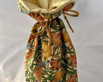Small Gift Bag - Kimono Fans II - Gold/Gold - Limited Edition Fabric - Fully Lined with Gold Lamé (GBS-23-0159-S-LR2)