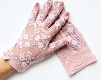 Penelope Vintage Purple Floral Lace and Bow Gloves