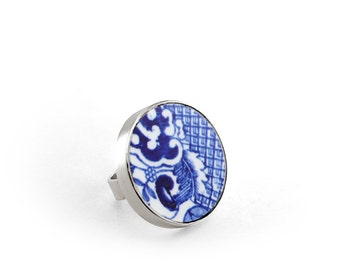 Ninth anniversary pottery, Blue Statement Ring, Broken China Ring, Willow Porcelain Jewelry