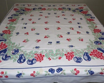 Vintage 50's Tablecloth Grapes Pears Apples Leaves Design