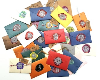 Custom Hand Written Copperplate Calligraphy Note with Sealing Wax and mini envelope. Available in 11 colors.