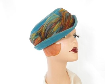 Woman's turquoise hat, vintage teal aqua velvet with feathers