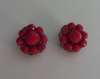 Mid-Century Cluster Earrings - Deep Red Plastic Faceted Beads