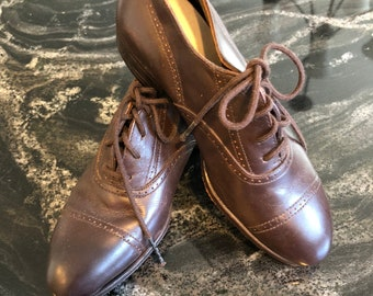 Antique Child/little boys Southland Belle Brown wing tip shoes