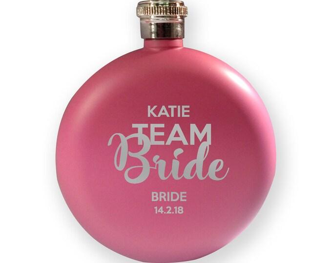 Engraved HEN BACHELORETTE hip flask gift, Team Bride - the bride - 5PK-HENT1