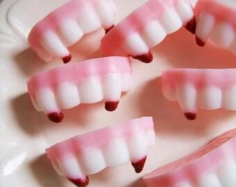 Vampire Fang Soap Set - Teeth Soap, Vampire Soap, Blood, Cherry Soap, Soap Favors, Gag Gift, Prank Soap, Twilight Soap, Halloween Soap,