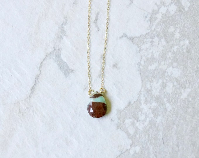 14k solid gold : Chrysoprase Solitaire Necklace