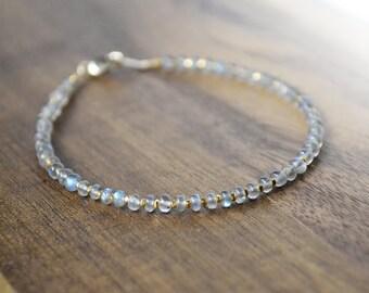 labradorite bracelet with gold vermeil beads /// gold beaded bracelet /// skinny stacking bracelet - delicate everyday bracelet