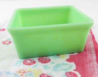 A 'McKee' Glass Dish - Refrigerator Dish - Jadeite Green Kitchen Container -  Rectangular Container - Unique Jade-ite Collector