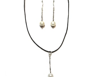 Pendant and Earrings Jewelry Set
