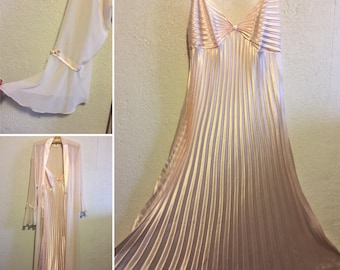 70s does 20s Vintage Peignoir ~ Accordion Pleat Satin Nightgown & Sheer Bell Sleeve Robe ~ L
