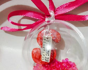 strong bauble,personalised bauble,pink stones,glitter,letter,mom charm,baubles . Strong women, strong girl, beautiful charm.