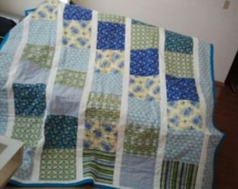 Pastel Blue and Teal Full Size Quilt
