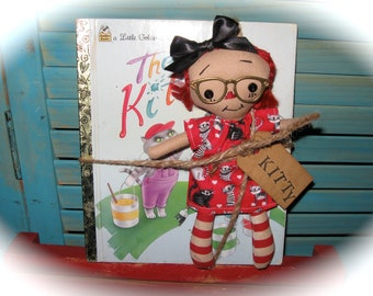 "Tiny 8"" Red Head Raggedy Ann-Raggedy Annie-Doll With Glasses-and The Color Kittens-Little Golden Book Set"