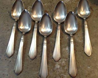 Vintage Wilshire Silverplate Elegant Teaspoon 7 Piece Set International Silver 1933