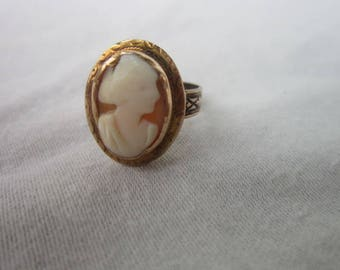 Antique Victorian Engraved 10 K solid Gold with Real Carved Shell Cameo Statement Ring