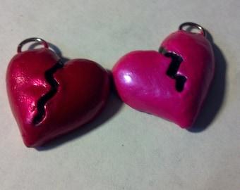Broken heart pendant charm (1)