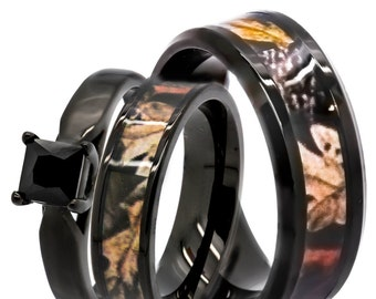 Quality forest themed camo rings at the by KingswayJewelry on Etsy