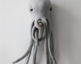 Small Octopus <O> Stuffed Animal <O>  Plush Toy