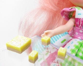 Middie Blythe Lemon Bars Miniature Dollhouse Polymer Clay Dessert with Powdered Sugar