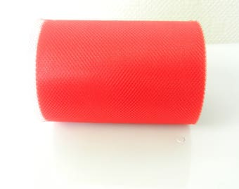 Red 20 m tulle roll
