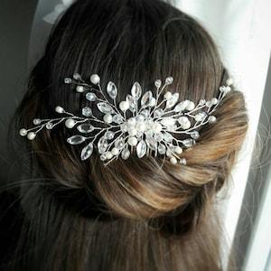 Wedding hair piece Bridal hair accessory Babys breath hair vine Bridal headpiece Bridal hair brooch Pearl hair pin Crystal hair comb Prom