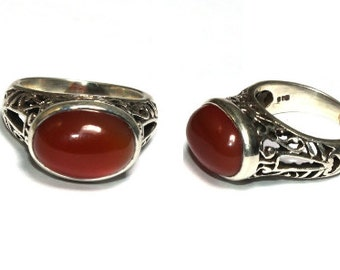 925 Silver Natural Carnelian Gemstone Ring / 925 Solid Silver Carnelian Oval Cabochon Ring / Semi Precious Gemstone Ring / Size US 7.25 R20