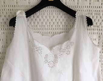 Antique French Chemise dress Slip Petticoat Hand Sewn Hand Embroidered Large Excellent Pure Cotton for clothing Impeccable