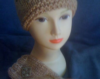 ADORABLE hat with honey color with gold thread matching sleeves