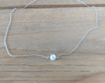 Pearl necklace / Sterling silver necklace / Pearl jewelry / Simple necklace / Dainty necklace / Minimalist jewelry / Necklace for women