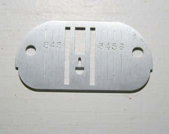 Singer 900 920 Futura Sewing Machine Chain & Straight Stitch Needle Plate 381244