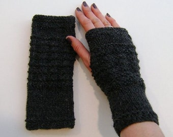 Fingerless Gloves, Mittens, Wrist Warmers in Charcoal Grey Aran Wool